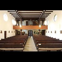 Berlin - Reinickendorf, St. Joseph Tegel, Innenraum in Richtung Orgel