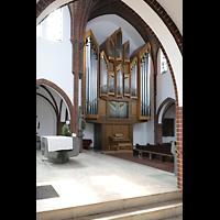 Berlin (Reinickendorf), St. Marien (Hauptorgel), Bliuck vom Altarraum zur Hauptorgel