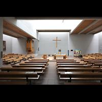 Berlin (Reinickendorf), St. Martin, Innenraum in Richtung Orgel