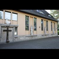 Berlin - Reinickendorf, St. Hildegard Frohnau (Positiv), Innenhof, rechte Außenseite