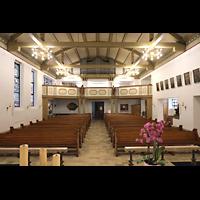 Berlin - Reinickendorf, St. Hildegard Frohnau (Positiv), Innenraum in Richtung Orgel