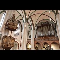 Berlin (Mitte), Museum Nikolaikirche, Orgel und Kanzel