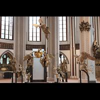 Berlin (Mitte), Museum Nikolaikirche, Barocke Skulpturen im Chorraum