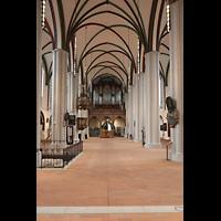 Berlin (Mitte), Museum Nikolaikirche, Innenraum in Richtung Orgel