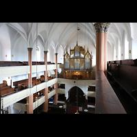 Hof, St. Michaelis, Blick von der oberen linken Seitenempore zur Orgel