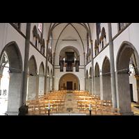 Mönchengladbach, Münster St. Vitus (Hauptorgel), Innenraum in Richtung Orgel
