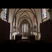 Mönchengladbach, Münster St. Vitus (Hauptorgel), Blick vom Spieltisch über das Rückpositiv in die Kirche