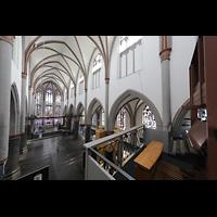 Mönchengladbach, Citykirche (Positiv), Seitlicher Blick von der Orgelempore in die Kirche
