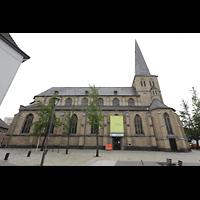 Mönchengladbach, Citykirche (Positiv), Außenansicht mit Kirchplatz von Norden