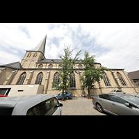 Mönchengladbach, Citykirche (Positiv), Außenansicht mit Kirchplatz von Süden