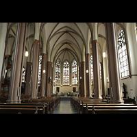 Willich - Anrath, St. Johannes Baptist, Innenraum in Richtung Chor