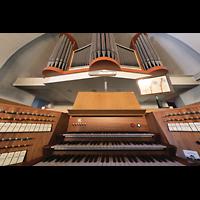 Berlin (Reinickendorf), Dorfkirche Alt Tegel (ev.) - Positiv, Spieltisch mit Orgel