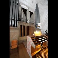Weilheim, Mariae Himmelfahrt, Orgel mit Spieltisch