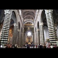 Siena, Cattedrale, Innenraum / Hauptschiff in Richtung Chor