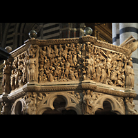 Siena, Cattedrale, Detail der Kanzel von Niccolo Pisano