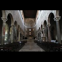 Lucca, Basilica di San Frediano, Innenraum / Hauptschiff in Richtung Chor