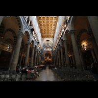 Pisa, Duomo di Santa Maria Assunta (Hauptorgel), Innenraum / Hauptschiff in Richtung Chor