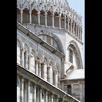 Pisa, Duomo di Santa Maria Assunta (Hauptorgel), Seitenschiff und Vierungskuppel