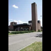 Bologna, S. Giovanni Bosco, Außenansicht der Kirche