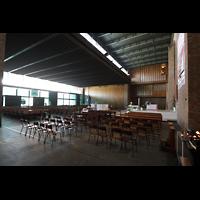 Bologna, S. Giovanni Bosco, Innenraum mit Blick zur Orgel