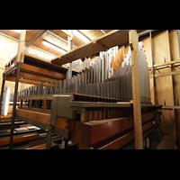 Bologna, S. Giovanni Bosco, Pfeifenwerk in der Grand'Organo - Grundregister; rechts der Diapason I 8'