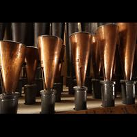 Bologna, S. Giovanni Bosco, Zungen im Recitativo: Trombone 16', Tromba forte 8', Corno Armonico 8'