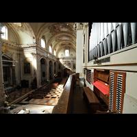 Bergamo, San Alessandro della Croce, Blick von der Orgel ins Hauptschiff