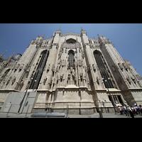 Milano (Mailand), Duomo di Santa Maria Nascente, Fassade des Querhauss