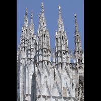 Milano (Mailand), Duomo di Santa Maria Nascente, Fialen an der Seitenfassade