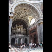 Esztergom (Gran), Bazilika Nagyboldogasszony és Szent Adalbert Föszékesegyház (St. Adalbert Basilika), Orgel und Hauptschiff