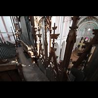 Schwerin, Dom St. Maria und St. Johannes, Blick durch die Prospekt-Fialen in den Dom