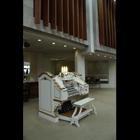Berlin (Tiergarten), Musikinstrumenten-Museum - Gray-Orgel, Spieltisch und Pfeifenkammern der Wurlitzer-Orgel