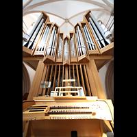 Dortmund (Hörde), Stiftskirche St. Clara, Orgel mit Spieltisch