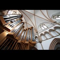 Dortmund (Hörde), Stiftskirche St. Clara, Blick vom Spieltisch zur Orgel ins Gewölbe