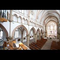 Dortmund (Hörde), Stiftskirche St. Clara, Blick von der Orgel in die Kirche