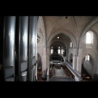 Trier, Dom St. Peter (Kryptaorgel), Blick von der Orgelempore zum Ostchor mit Chororgel