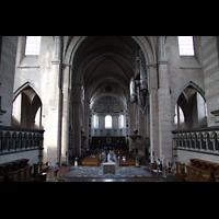 Trier, Dom St. Peter (Kryptaorgel), Blick von der Vierung ins Hauptschiff in Richtung Westchor