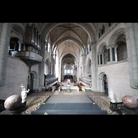 Trier, Dom St. Peter (Kryptaorgel), Blick vom Ostchor zum Westchor