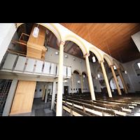 Trier - Pfalzel, Marienstiftskirche, Orgel von der Seite und Gesamtblick in die Kirche