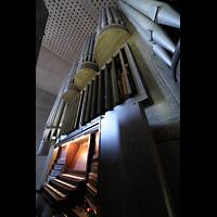 Saarlouis, St. Ludwig, Spieltisch und Orgel