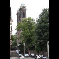 Saarbrücken, St. Michael, Außenansicht mit Treppen