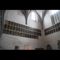 Augsburg, Dom St. Maria (Langhausorgel), Bischofsgalerie im westlichen Querhaus