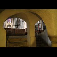 Augsburg, Dom St. Maria (Langhausorgel), Blick von der Krypta zum Ostchor und zur Maerz-Orgel