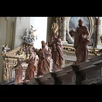 Augsburg, St. Ulrich und Afra, Figuren im südlichen Seitenschiff