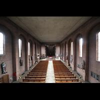 Augsburg - Lechhausen, St. Elisabeth, Blick von der Orgelempore in die Kirche