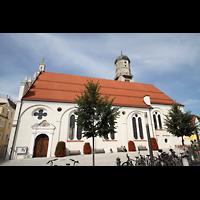 Weilheim, Mariae Himmelfahrt, Seitenansicht vom Kirchplatz