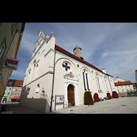Weilheim, Mariae Himmelfahrt, Fassade und Seitenansicht