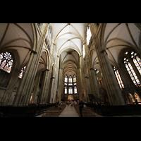 Regensburg, Dom St. Peter, Innenraum in Richtung Chor