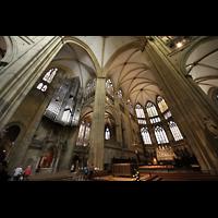 Regensburg, Dom St. Peter, Blick von der Vierung in den Chor und zur Orgel