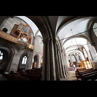 Dortmund, St. Marien, Blick vom Seitenschiff ins Hauptschiff und zur Orgel